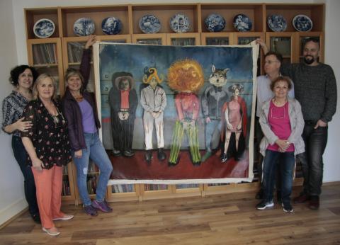 """Die Künstlergruppe aus Argentinien präsentiert eine große Komposition mit den berühmten Figuren """"Rotkäppchen"""", """"Struwwelpeter"""" und """"Max und Moritz"""" (Öl auf Leinwand, 2017)"""